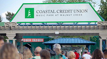 Can you leave your car overnight at walnut creek amphitheater